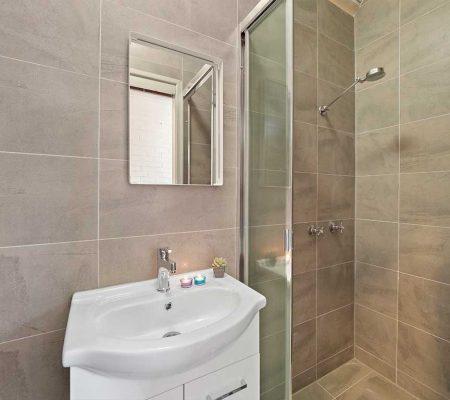 Kelvin_Grove_Student_Accommodation_bathroom